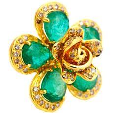 Flower Shape Diamond Ring With Emerald