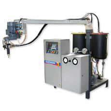 Sole Foaming Equipment With High Speed Mixing Facility