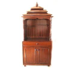 Smooth Finished Wooden Cabinet