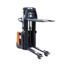 User Friendly Electric Stacker