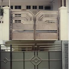 Stainless Steel Made Gate